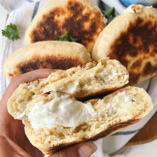 recette healthy et allégée de khachapuri farci à la féta et fromage frais sans beurre et sans levure boulangère