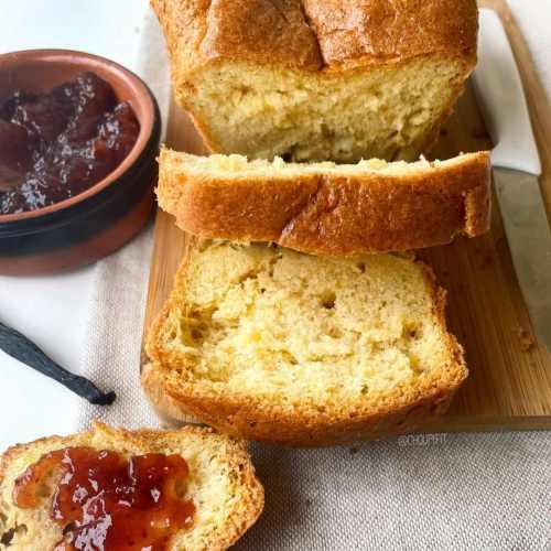 Gâteau léger et sans gluten pour le petit-déjeuner