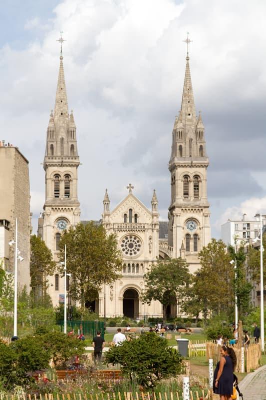 Église Saint-Ambroise Vue extérieure Façade principale