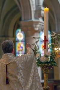 dimanche de Pâques cierge