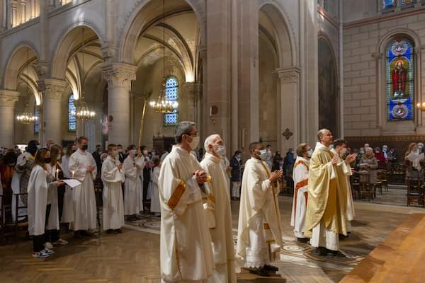 Vigile pascale 2021 prêtres