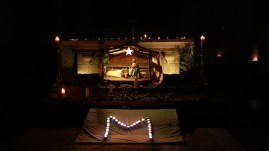 Messe de l'aurore le 8 Décembre - la crèche