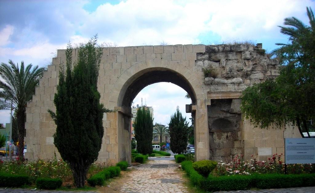 La « Porte de Cléopâtre »