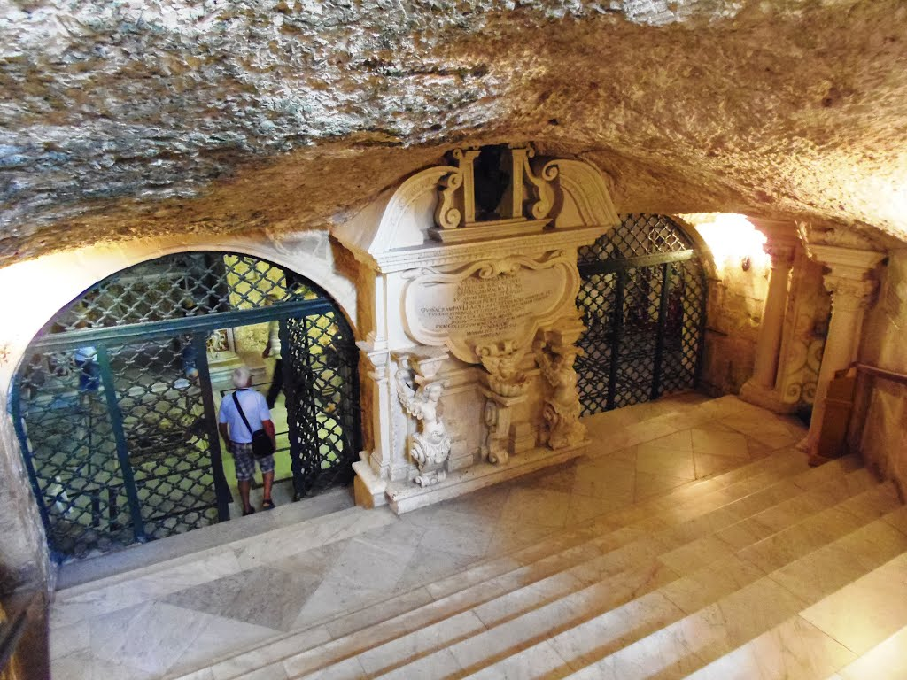 Grotte de St Paul