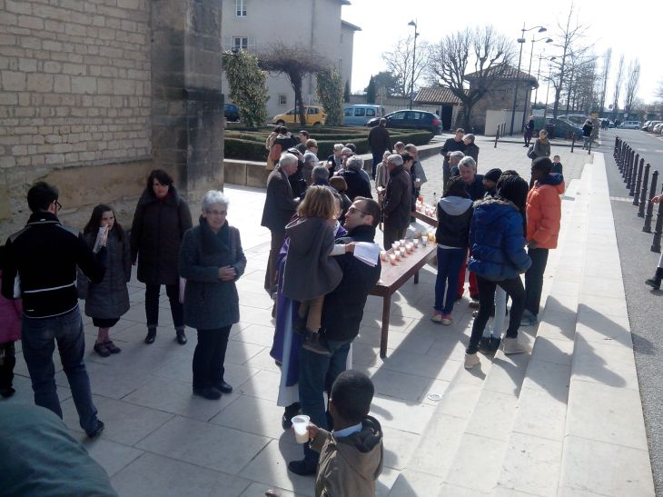 apéritif paroissial de Saint augustin en beaujolais janvier 2015_03