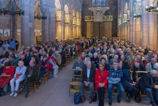 Le grand entretien avec Hubert Védrine, ancien ministre, présenté par le président-fondateur du FIG Christian Pierret, vendredi après-midi à la cathédrale.