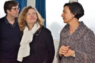 Florence Robine (à gauche) a été accueillie ce vendredi matin par la proviseure du lycée Pascale Lemaitre (à droite).
