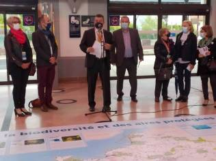 FIG-Inauguration_Carte_Géante_IGN_Gare_SNCF (1)