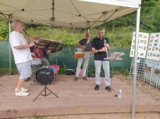 Un quator de jazz a inauguré les jardins partagés en musique.