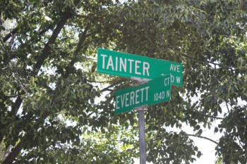 Tainter and Evertt sign