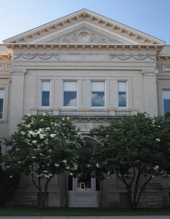 The original entrance of Richards Gordon School.