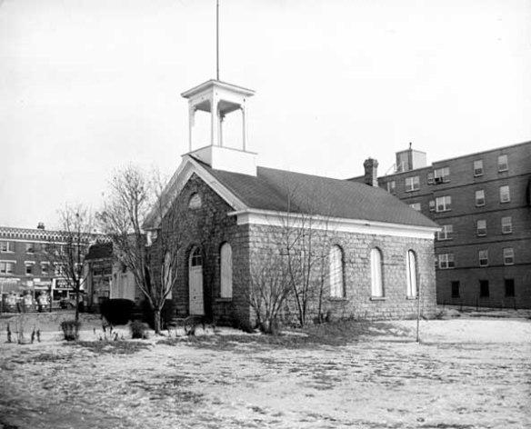 The Mattocks School at 1580 Randolph in 1960. Photo courtesy MnHS.