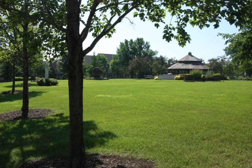 Looking at the Therapeutic Park and Gazebo from the corner of Como and Cedar.