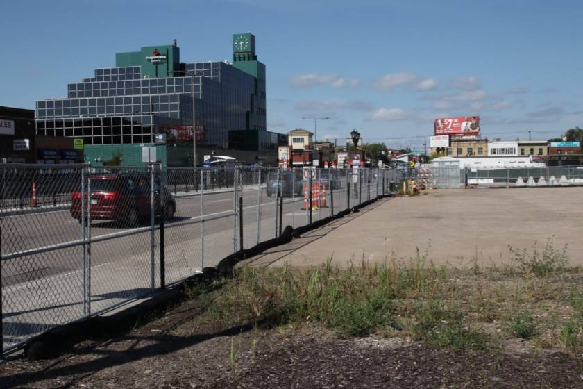 The undeveloped lot along Snelling, looking north at University Avenue.