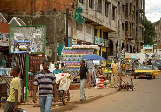 Yaounde street scene like the location where two alleged homosexuals recently underwent a beating. (Photo from multiple online sources)