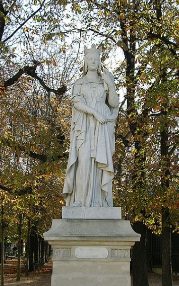 St. Bathilde statue at Luxembourg Garden