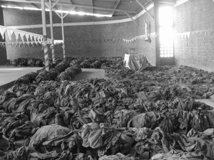 6000 pessoas neste espaco, aguardand para serem mortas...