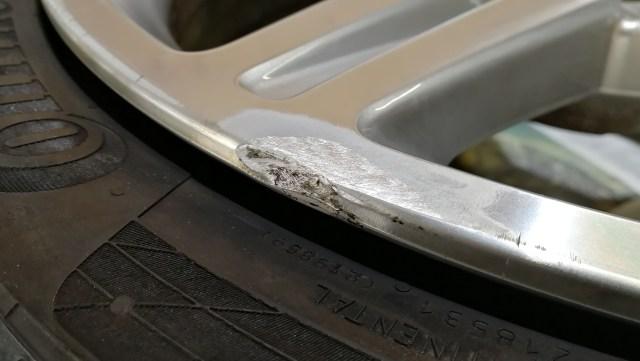 AMG ダイヤモンドカット 19インチホイール ガリ傷修理 リムかけ