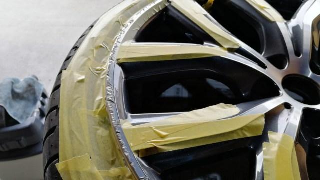 BMW X1 19インチ ダイヤモンドカットホイール傷修理