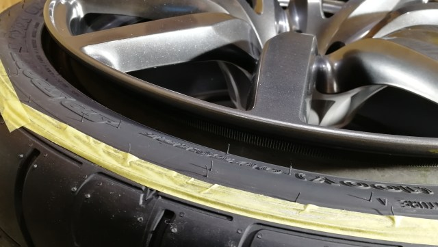 R35 GT-R 後期 ハイパーチタンカラー 20インチ ホイール ガリ傷修理 名古屋市 施工後