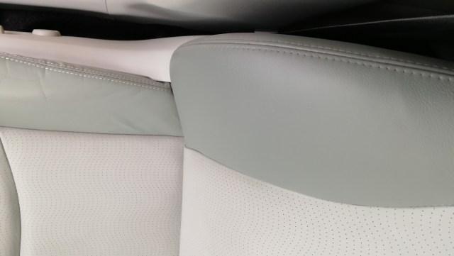 30プリウス 運転席シート擦れ補修後