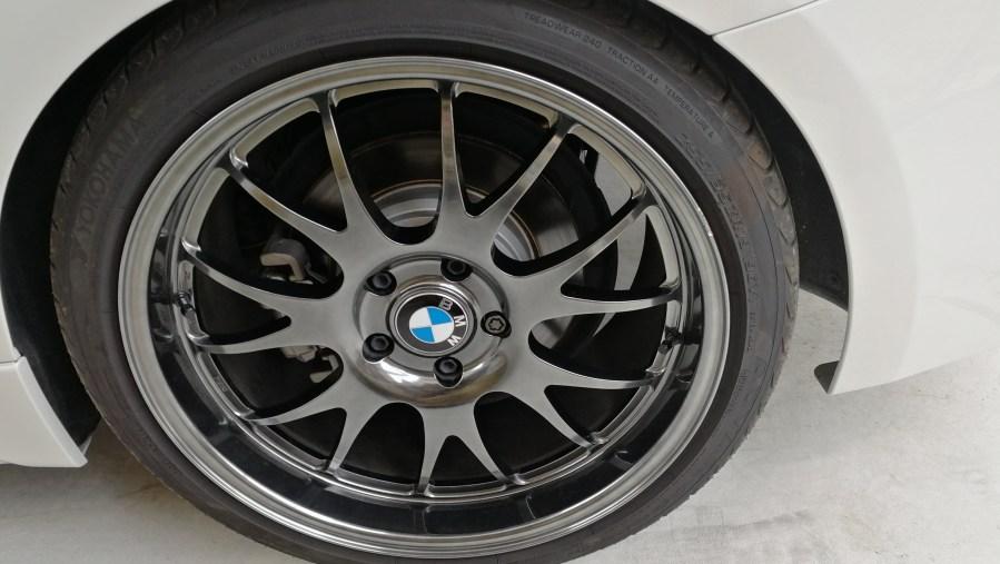 BMW 320d NEEZ  EURO CROSS RG16SR ハイパーブラック ホイール傷修理前