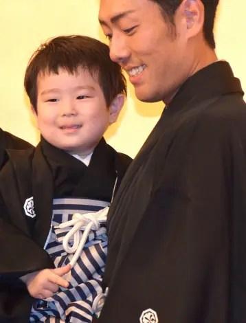 中村長三郎と中村勘九郎の画像