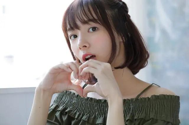 岡田紗佳の画像