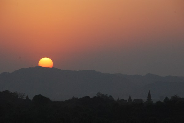 Sunset in Bagan 2
