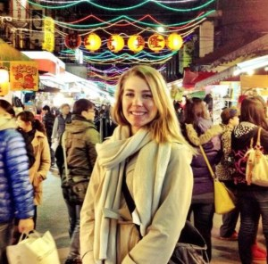 Fulbrighter Ms. Thibaut enjoying an evening out and about at a Taiwanese night market. (Photo by Kenton Thibaut)
