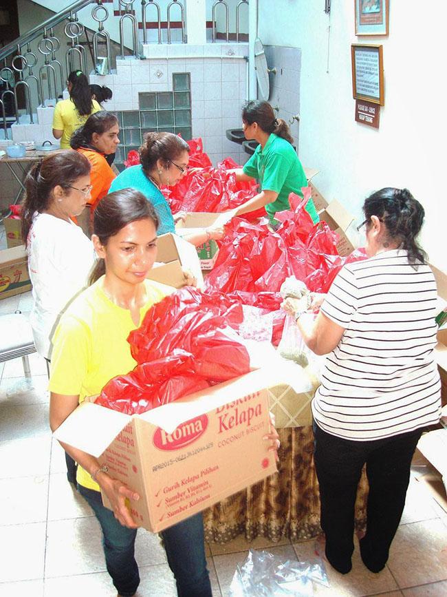 Preparing Food Packages