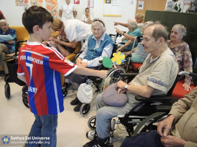 Gift for the elderly