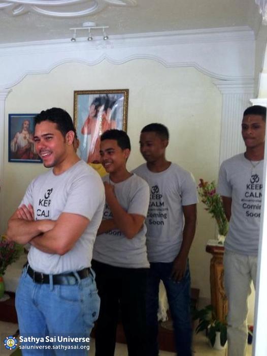 Sathya Sai Youth at a meeting