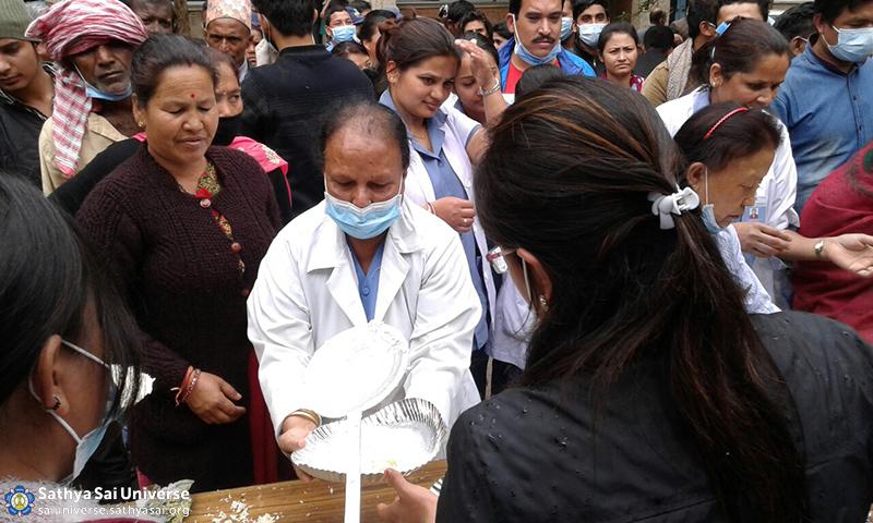 Feeding the needy after devastating earthquake