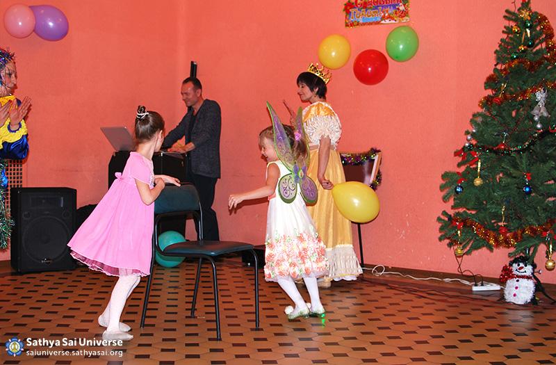 2014.12.21-8Z-Russia-Northwest region-New year Holiday.-S. Petersburg-game