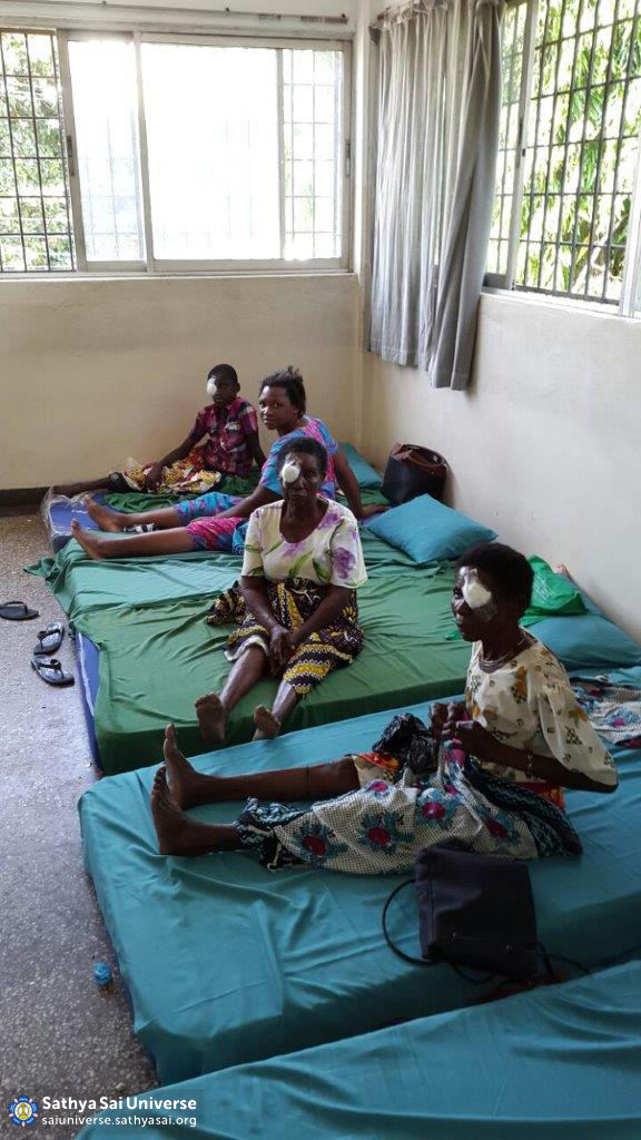 Patients recovering from cataract surgery