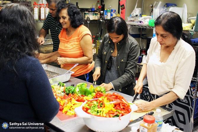 Z1 USA CA Colorful Vegetables for Serving