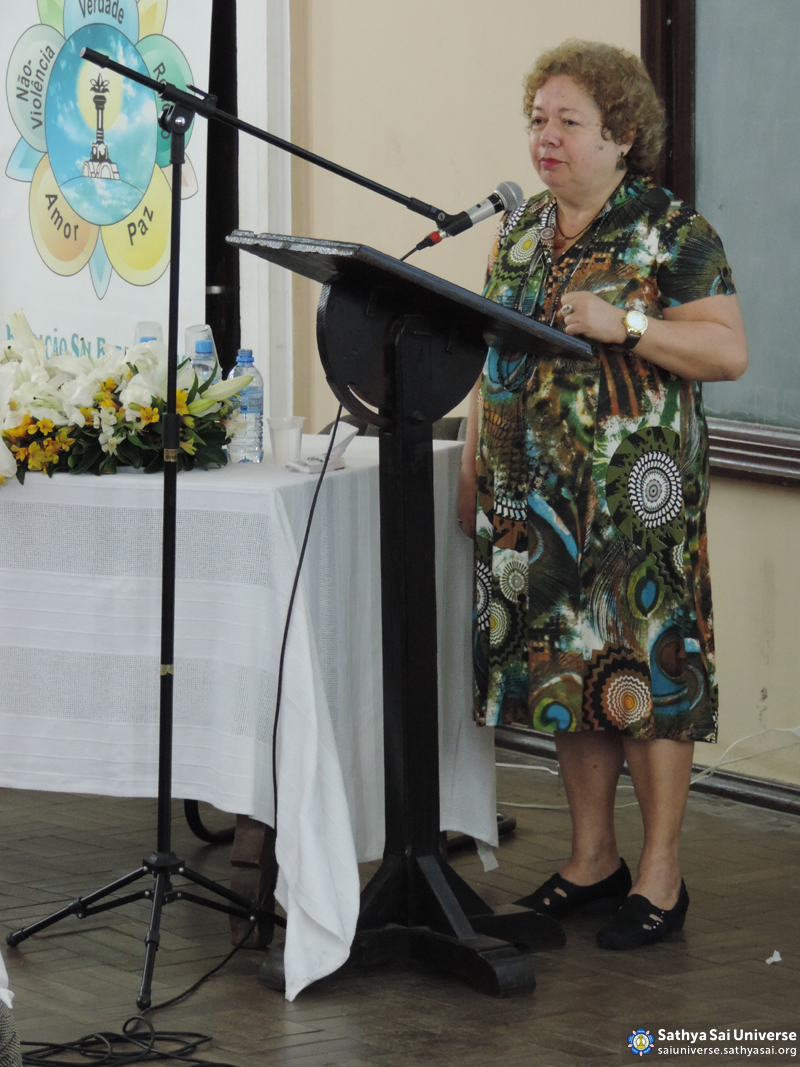 Z2B-Brazil-2015-08-01-Lecture of the Regional Representative of the Sathya Sai Institute in Rio de Janeiro copy