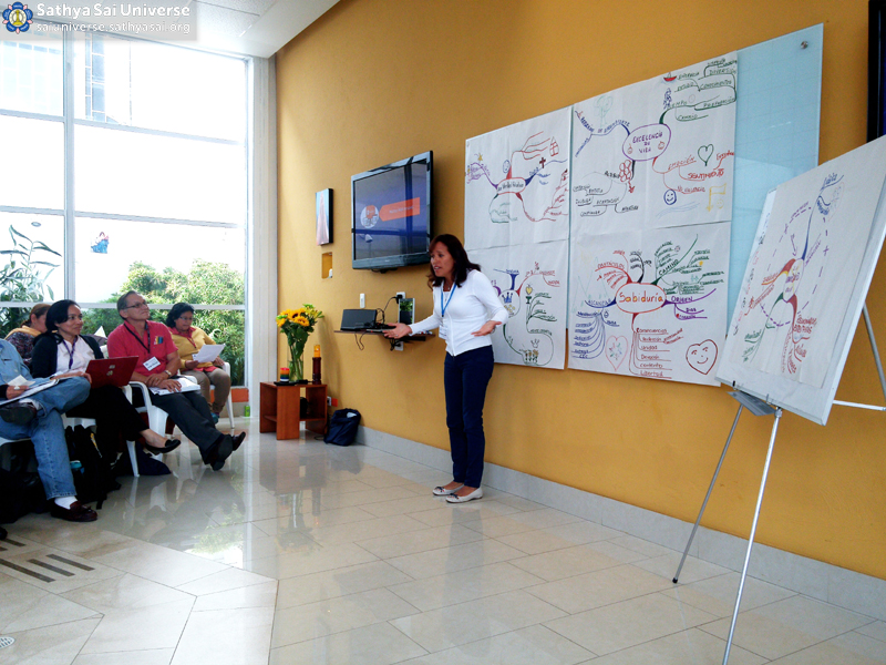 SSIHVE Facilitators Seminar The representative of one of the groups showing their conclusions to the audience Bogota Colombia Zone 2B Feb-28-2016