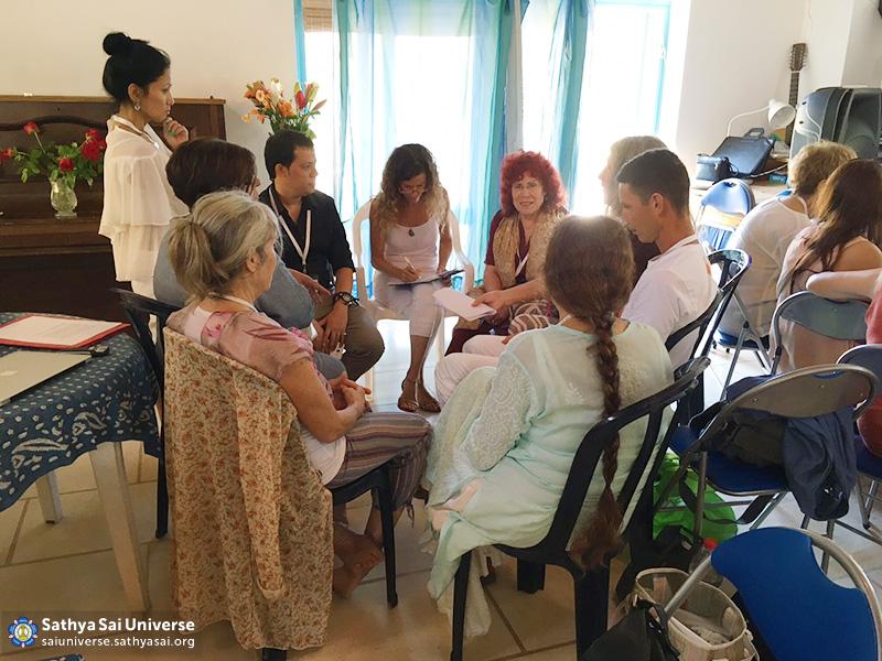 2016-09-israel-ein-hod-ssehv-seminar-c1m2a-group-discussion1-jpg