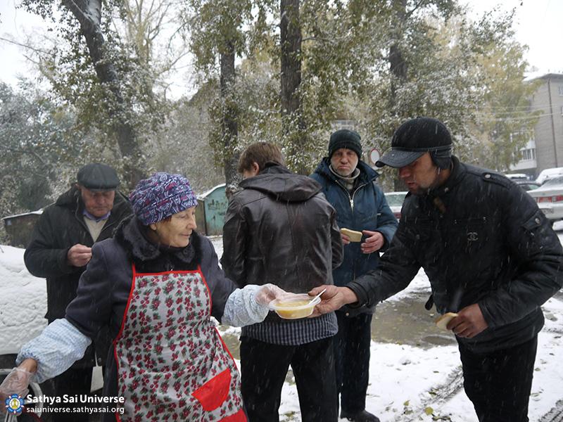 2016-10-15-z8-russia-siberia-zone-feeding-2-copy