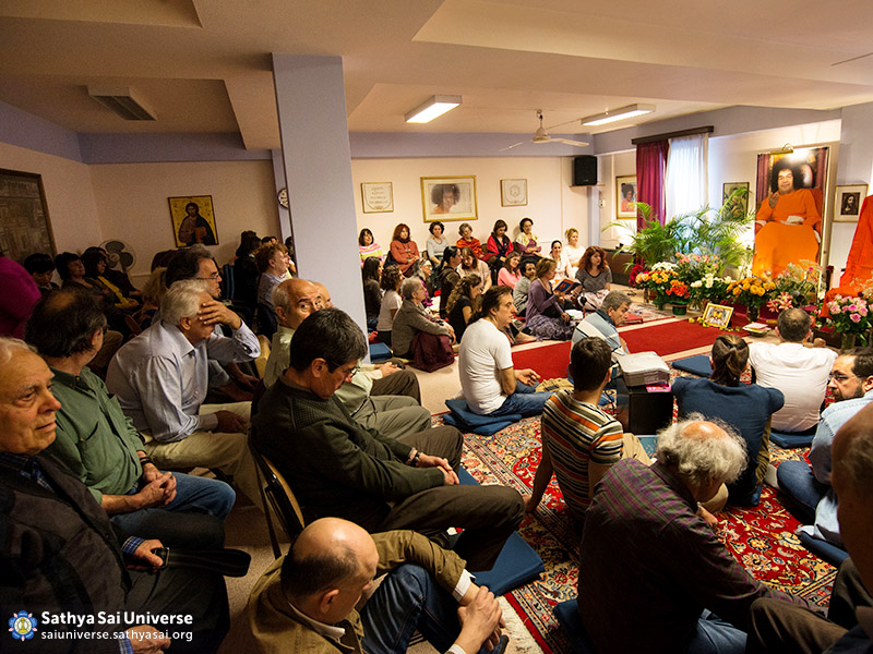 april-24th-in-the-premises-of-greek-ssio-with-more-than-60-devotees-participating