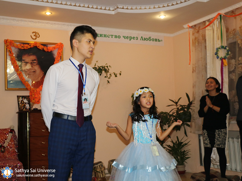 2016-10-29-30-z8-kazakhstan-13-national-conference-about-swami-song-copy