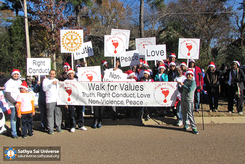 img_4248a-002-z1-r4-christmas-walk-for-values-memphis-2016