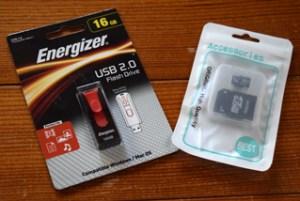 USB・マイクロSD 各16GB