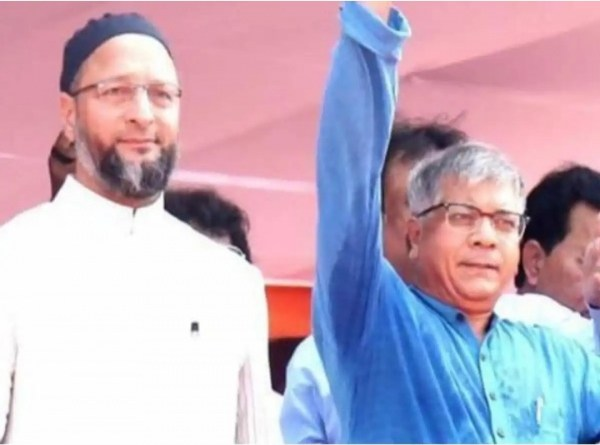 adv-prakash-ambedkar-and-owaisi-sabha-in-pune/