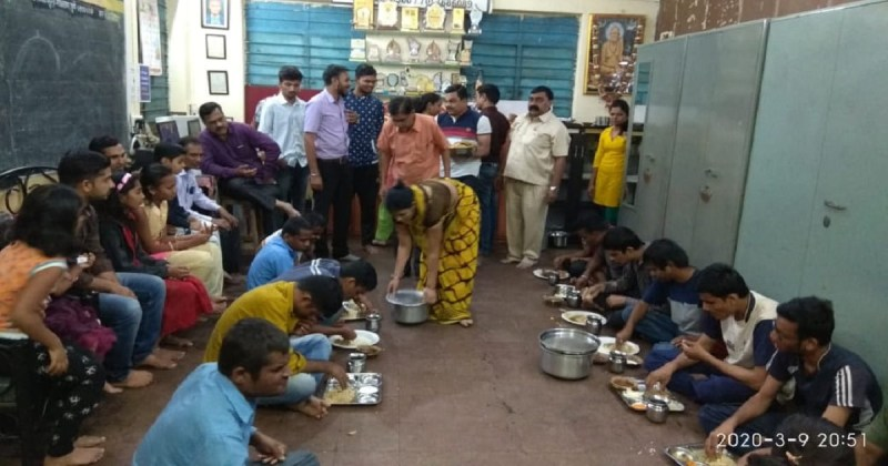 Great response to the puran poli donation program in Holi festival
