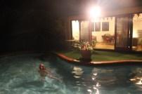 La piscine de l'hotel (avec Cécile dedans)