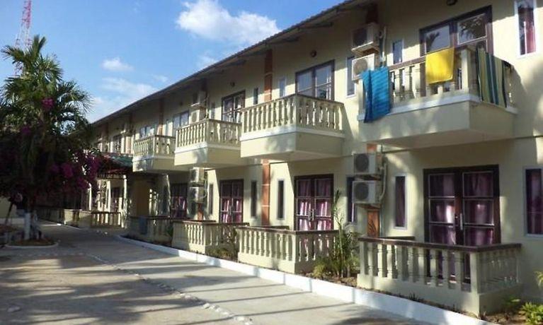 Sakal Guesthouse Sihanoukville 2 Star Accommodation In