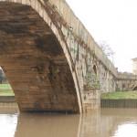 гърбав мост наводнен (3)